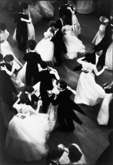 (C) Henri Cartier-Bresson, Queen Charlotte's Ball London, 1959