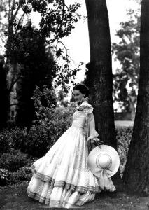 "Maureen O'Sullivan, ""The Barretts of Wimpole Street"", 1934 Movie Scans website: http://www.doctormacro.com/"