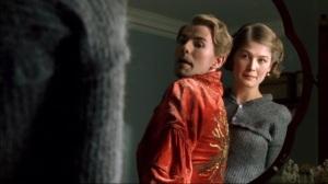 Una escena de la serie de televisión Love in a cold climate
